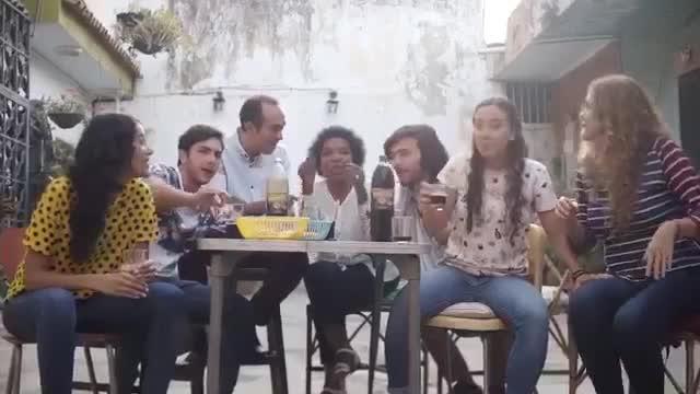 EMPRESAS POLAR LE RINDE HOMENAJE A LA VINOTINTO
